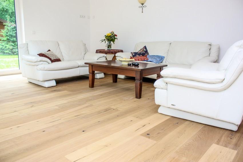 landhausdiele eiche urig natur ge lt aktion. Black Bedroom Furniture Sets. Home Design Ideas